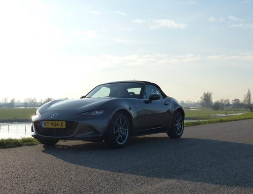 Test Mazda MX-5 SAKURA